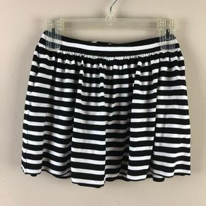 Kate spade girls skirt black white striped sz 10Y